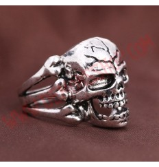 Anillo Skull Bones