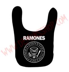 Babero Ramones